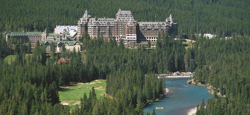 2.-The-Fairmont-Banff-Springs